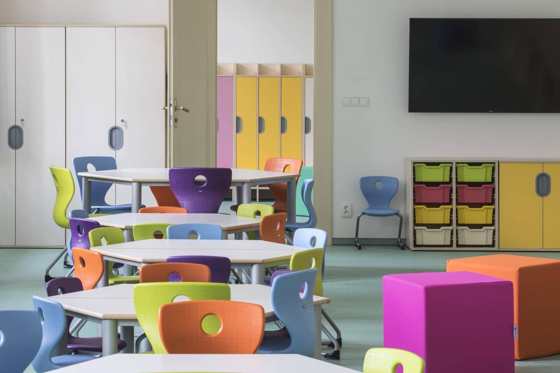 školní nábytek od MY DVA group