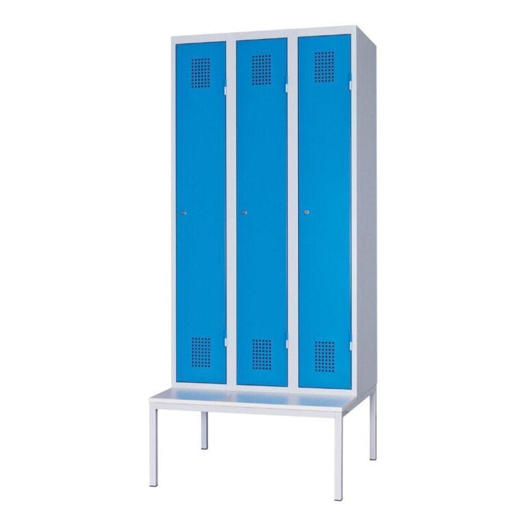 Kovová šatní skříňka třídveřová na lavici, 2080 mm