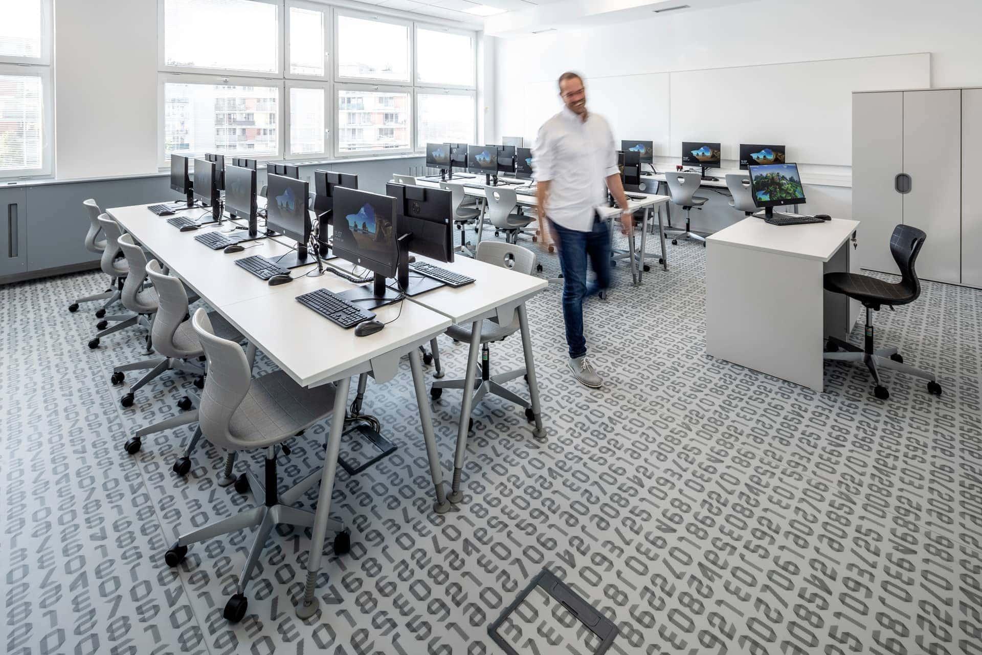 počítačová učebna_2
